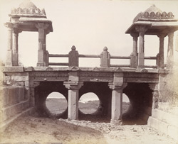 Rear view of the inlet sluice of the Khan Sarowar Tank, Patan